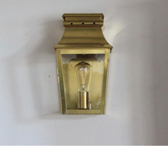 Ussé Wall Lantern 22x13.5cm