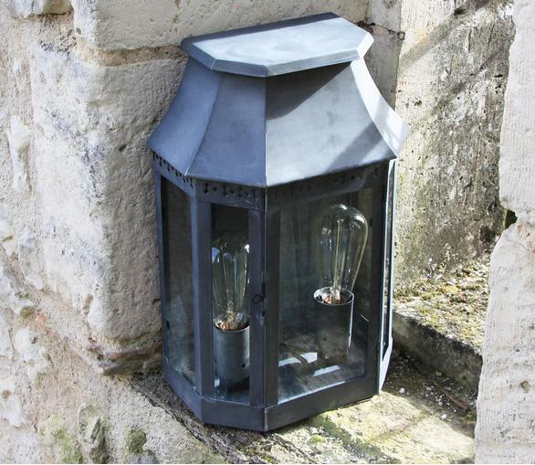 Villandry Wall Lantern
